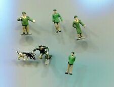 5 Policemen and one police dog   N Gauge