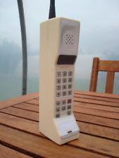 Toy 1990s Style Vintage Brick Cell/Mobile Phone Prop - Motorola DynaTAC Commnet