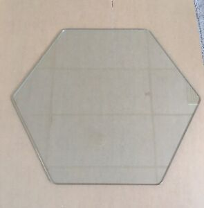 New Custom Hexagon Shaped Clear Tempered Glass with Polished Edges
