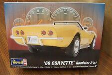 Revell '68 Corvette Roadster 2'n 1 Model Kit 1/25 Scale