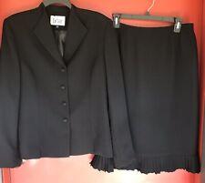 Le Suit Women's Black Jacket Skirt Suit set sz 10