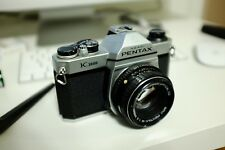 Pentax K1000 35mm SLR Film Camera with 50 mm lens Kit