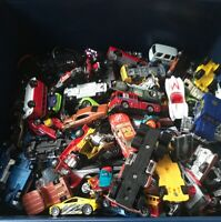 LOT Die Cast Cars- MATCHBOX, Hot Wheels Grab Bag Lot 40+ UNSEARCHED