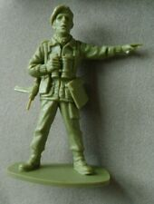 AIRFIX SET of 1/32 SCALE WW2 BRITISH PARATROOPERS 1970s