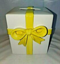 White Ceramic Tissue Cover Yellow Bow
