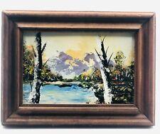 Gemälde Landschaft mit See, Bergen und vielen Bäumen  mit Signatur.