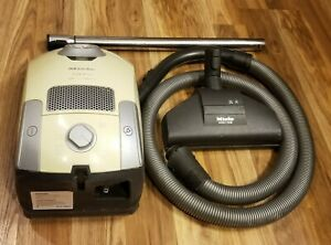 Miele S4210 Carina Canister Vacuum Cleaner With Attachments *Tested & Detailed*