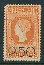 NR. 105,   GESTEMPELD, MIST HOEKTANDJE   Zj481