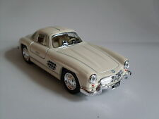 1954 Mercedes-Benz 300 SL Coupe weiss, Auto Modell ca.1:36