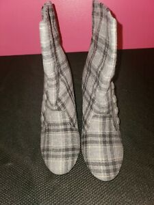 Bakers Shoes - Elaine - Grey/plaid Booties - Size 9