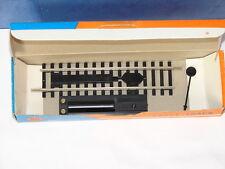 ROCO ( 4475 ) DECROCHE WAGON ELECTRIQUE MAILLECHORT + PANNEAU FIXE EN BOITE HO