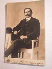 Weyer a. E - St. Gallen - sitzender Mann mit Bart - Portrait / KAB