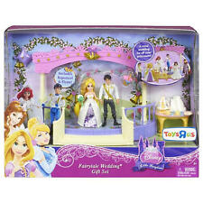 DISNEY TANGLED RAPUNZEL FAIRYTALE WEDDING GIFT SET W/ FLYNN *NEW*