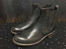 NEW Men's UGG Collection Black Leather Boots Made In Italy Size - 9