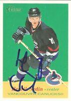 2001-02 Topps Heritage Signed Henrik Sedin Vancouver Canucks Hockey Card #27