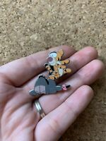 Flexible Winnie the Pooh & Friends - TIGGER and EEYORE Disney Pin cute 62626