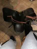 """17"""" Black Leather Horse Saddle With Foot Cuffs"""