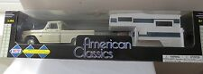 Motor Max American Classic Set Chevrolet C-10 Pick-up 1966 and House Trailer