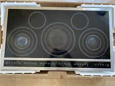 "Electrolux 36"" Stainless Steel Electric Smoothtop Cooktop E36Ec70Fss2"