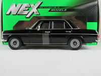 W115 Mercedes 220 Strich 8 rot  1968-1:24 WELLY  *NEW*