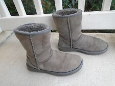 UGG Womens Classic Short gray Suede Winter Pull On Boots Shoes 5825 size 8