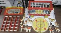 Vintage 1964 Fisher Price Circus #900 Animals Figures Accessories Wagon Pull Toy