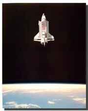 Space Shuttle in Space NASA Educational Wall Decor Art Print Poster (16x20)
