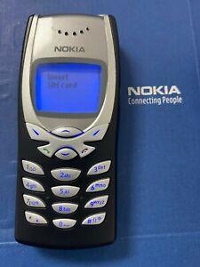 Unlocked Original Nokia 8250 GSM 900 / 1800 Mobile Phone Classic Cellphone