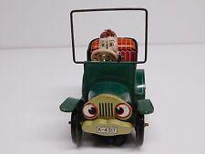 "Yoshiya ""KO"" Toys (Made in Kobe, Japan) Tin Litho Wind-Up Car"
