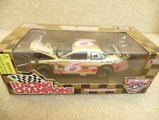 1998 Racing Champions 1:24 Gold NASCAR Mark Martin Eagle One Ford Taurus HO #6 a
