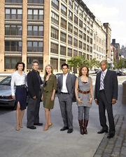 Six Degrees [Cast] (23142) 8x10 Photo