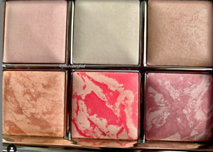 New Authentic Hourglass Ambient Sculpture Lighting Palette Highlighter