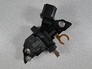 01G297 ALTERNATOR Regulator for TOYOTA Avensis Yaris 1.3 1.6 1.8 2.0 2.4 VVT-i