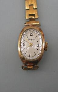 99820058 Vergoldete Damenarmbanduhr Glashütte Handaufzug