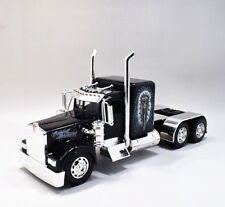 New Ray 1:32 Kenworth W900 DAVID GONZALES NATIVE Diecast Tractor Truck Model Toy