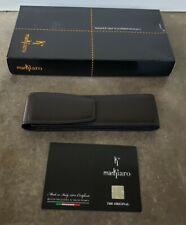 Delta Markiaro Cuero Negro solo pluma caso hecha en Italia nueva con caja