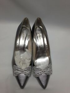 Caparros E-Bow Pointed Toe Canvas Heels Pewter Metallic 8.5  NWD