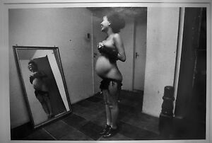 Vivian Moos -11x14 bw photo of a Pregnant Woman Signed