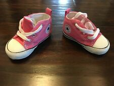 CONVERSE CHUCK TAYLOR PINK BABY CRIB SHOES SIZE 2 - BRAND NEW