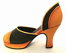 Raine Just The Right Shoe Retroactive 25164 Miniature Retired 2000
