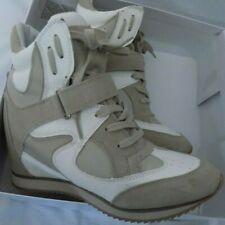 Women hidden wedge heel sneakers
