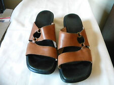 Clarks Tan or Light Brown Leather Strappy Slides with O Rings Size 7.5M