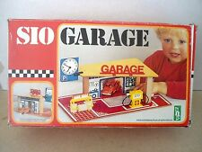 SIO (Holland) no.7001 Wooden Garage , Vintage Boxed