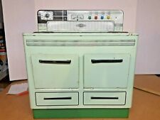 """Vintage 1950'S Child'S Wolverine Metal Green Stove Oven 14"""" Pittsburgh Pa."""