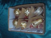 6 alte Christbaumkugeln Glas Glocke Eislack perlmutt gold Borte Draht silber CBS