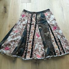 PER UNA PANELLED FULL FLORAL NEEDLECORD UNLINED SKIRT SIZE 18 MAYBE 16