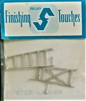 SELLEY FINISHING TOUCHES HO SCALE STEP LADDER~ NEW
