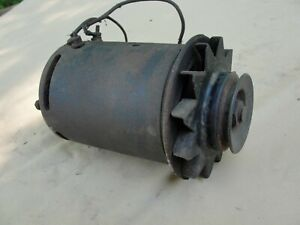 FORD MERCURY LINCOLN GENERATOR 4-1-1  7 VOLTS 35 Amps FOMOCO UNTESTED