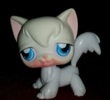 Littlest Pet Shop White Angora Cat w/Blue Eyes #9 Lps Cat!
