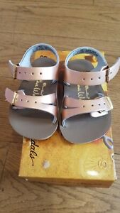 New Sun-San Salt Water Sandals,water safe Sea Wee style,rose gold , infant 2,NWT